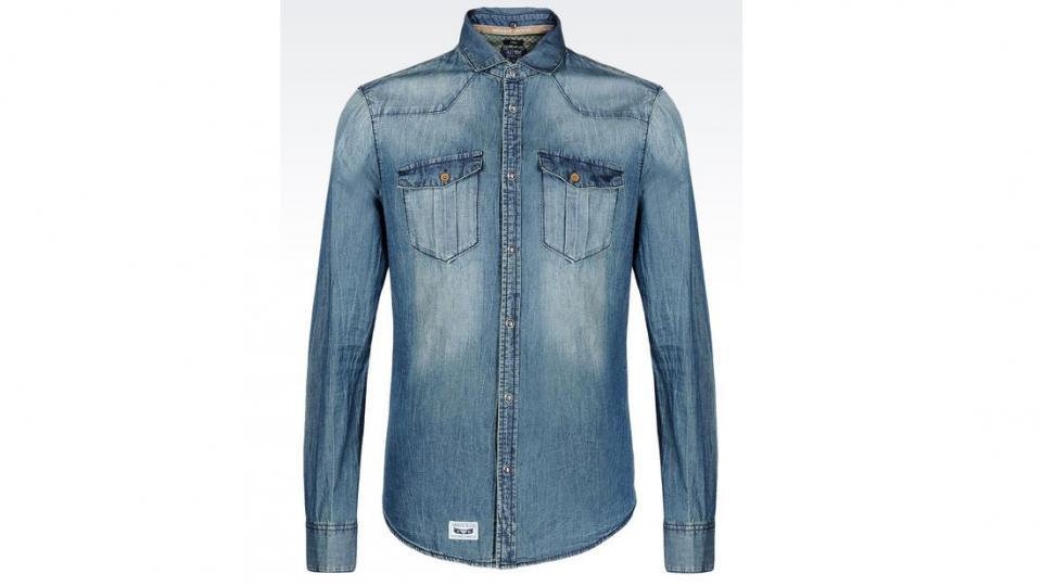 Рубашка Armani Jeans 15,170 руб. (фото с сайта armani.com)