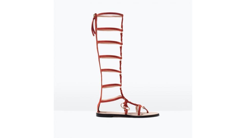 сандалии Zara, 8999 руб. (фото с сайта zara.com)