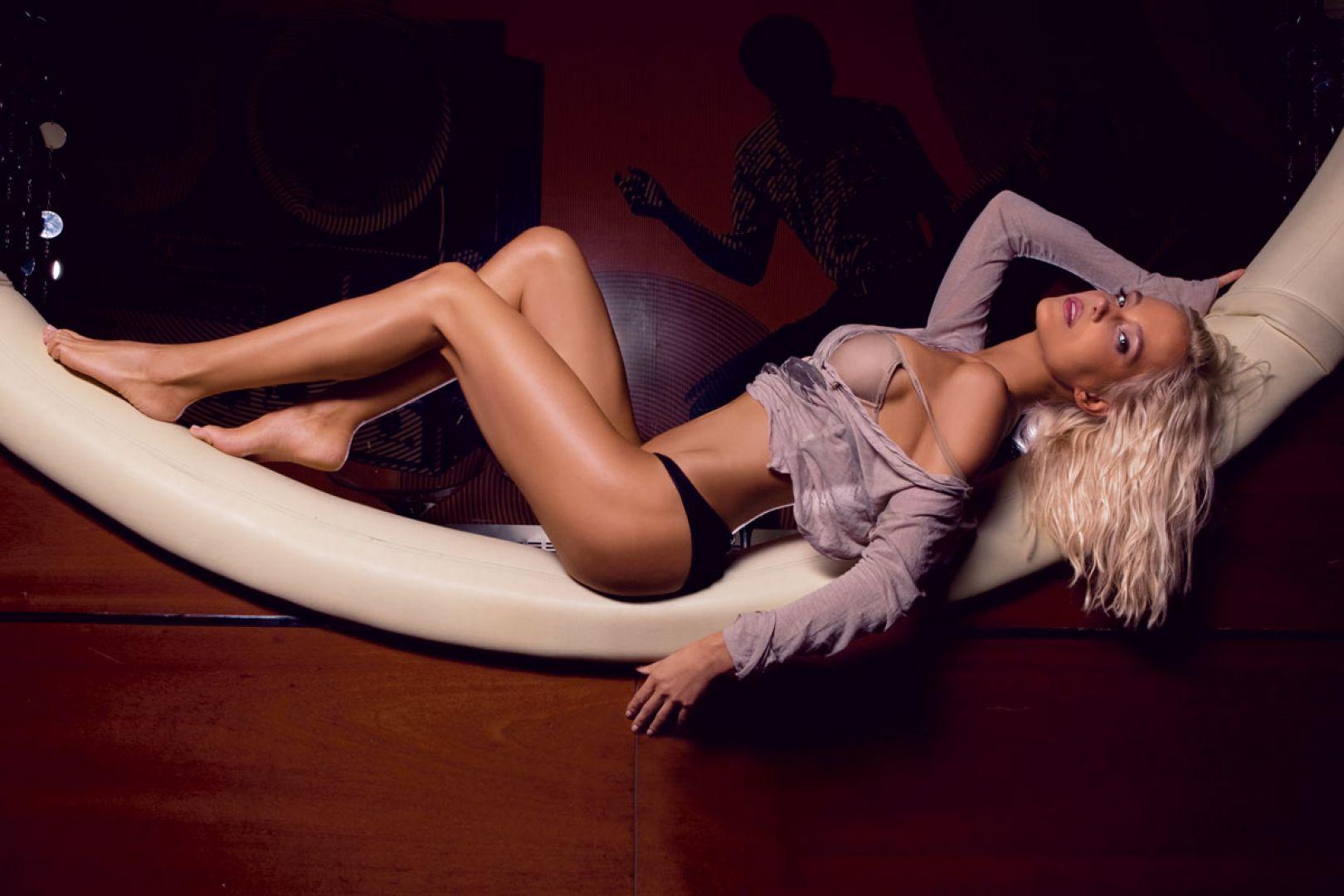 Русские знаменитости смотретьголые, Порно со знаменитостями, секс видео знаменитых 20 фотография