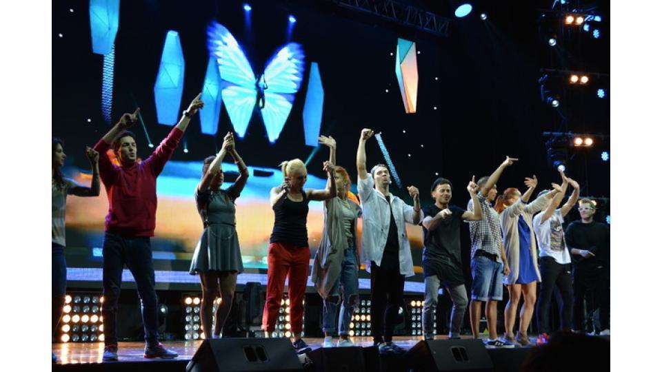 Талантливые и яркие ребята из команды Мигеля и танцевали