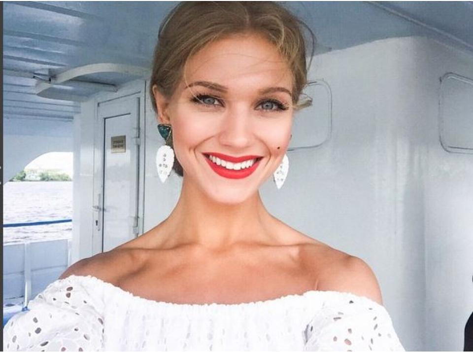 Кристина Асмус в отличном настроении