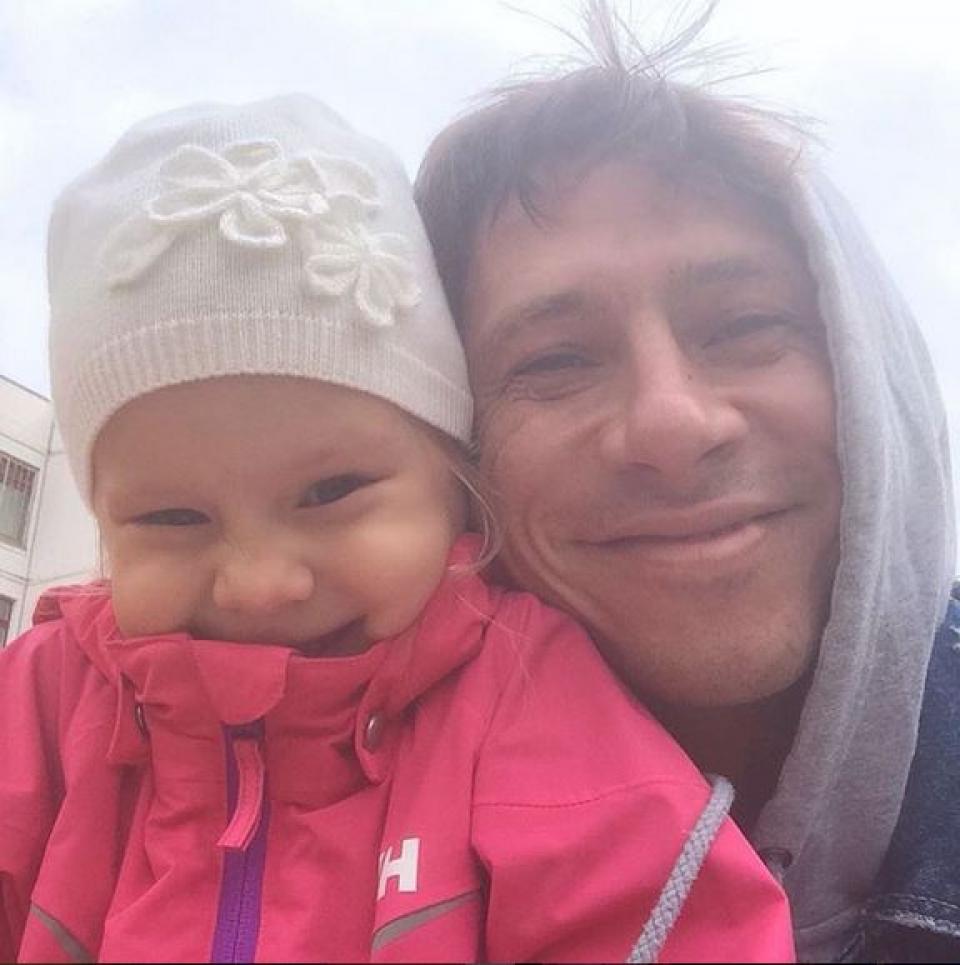 Сколько умиления и счастья в одном фото! А это все Тимур Батрудинов с племянницей стараются!