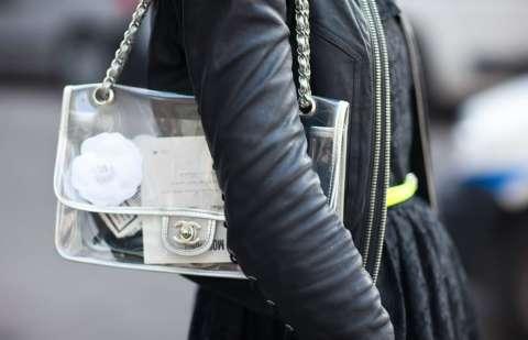 10 вещей, которые должны быть в сумке каждой девушки