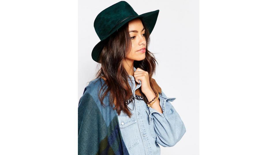 шляпа Esprit, 3224 руб. (фото с сайта www.asos.com)