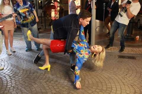 Клава Кока рассказала о съемках нового клипа «Нету времени»
