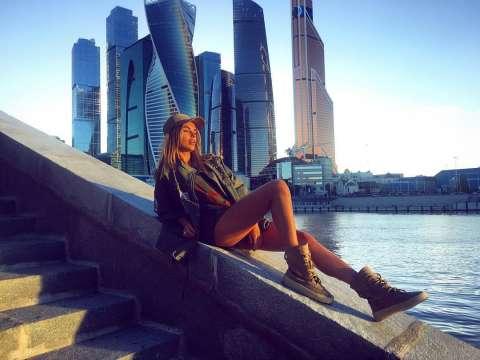 Гуляй по Москве с Ханной, Марьяной Ро и Никитой Златоустом